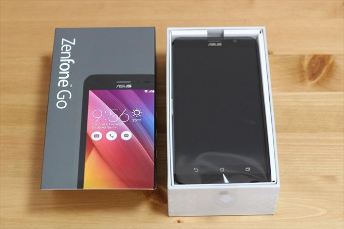 開封したASUS ZenFone Go