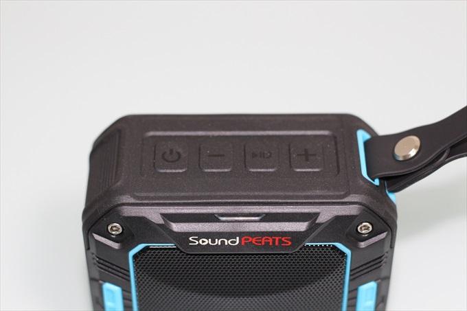 SoundPEATS P2の4つの操作ボタン