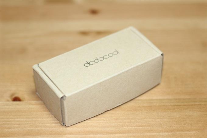 dodocoolの車載充電器のパッケージ